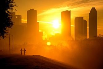 sunrise jogging